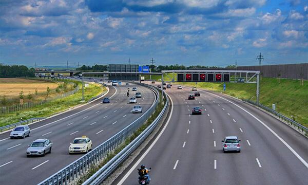 Умная система контроля скорости на дорогах